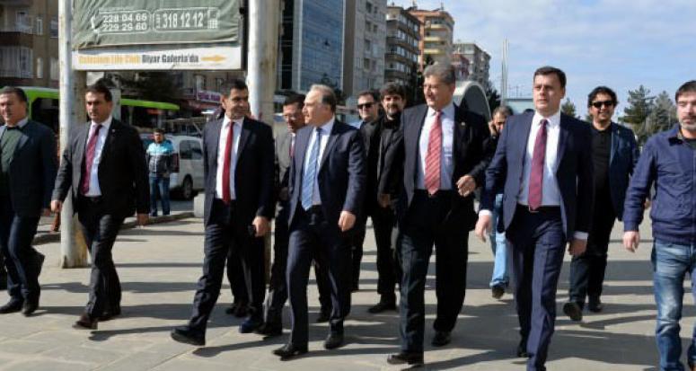 CHP'li dört milletvekili Diyarbakır'da