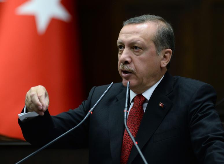 ''Amerika siz bizimle mi berabersiniz, YPG PYD ile mi?''