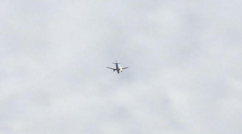 Uçak havada alev aldı! Atatürk havalimanına iniyor