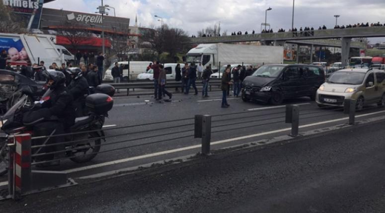 İstanbul'da zincirleme kaza şoku!