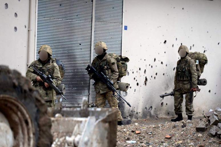 PKK'lı keskin nişancı öldürüldü!