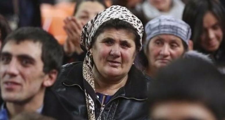 Başbakan yarın Ahıska Türkleriyle kucaklaşacak