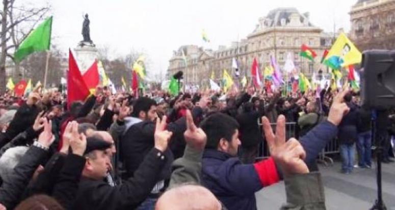 Hainler Türkler'e saldırdı, polis seyretmekle yetindi