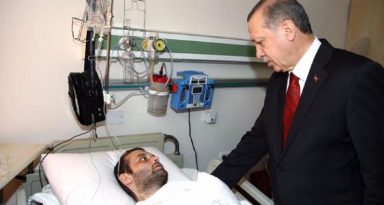 Erdoğan GATA'da yaralıları ziyaret etti