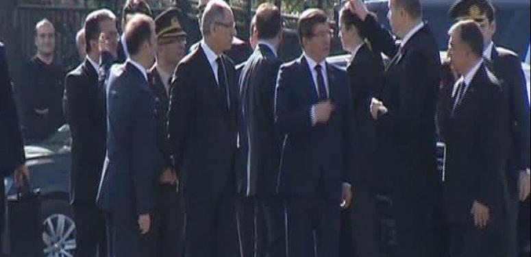 Başbakan Davutoğlu patlama noktasına gitti