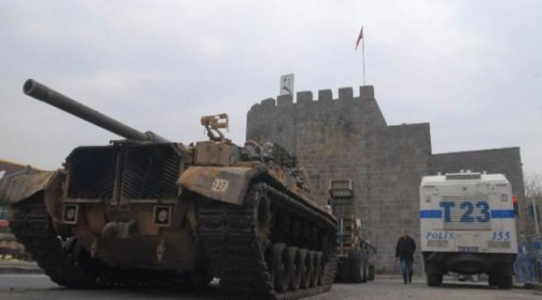 Sur'a tank takviyesi yapıldı