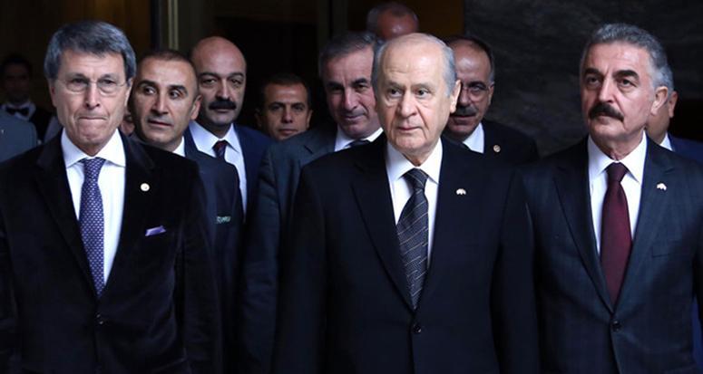 Bahçeli'nin avukatı dosyadan çekildi