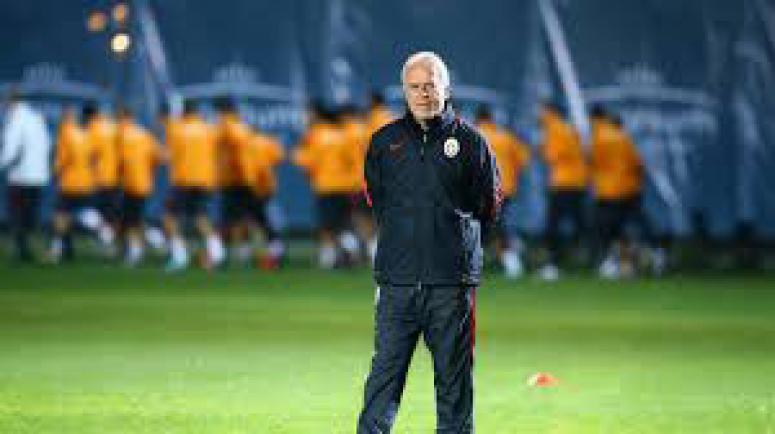 Galatasaray'da 4 futbolcu kadro dışı!