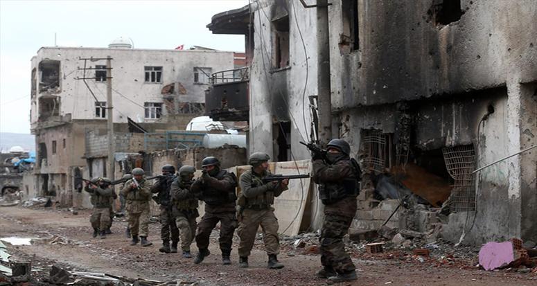 Çember daralıyor '10 terörist öldürüldü!'