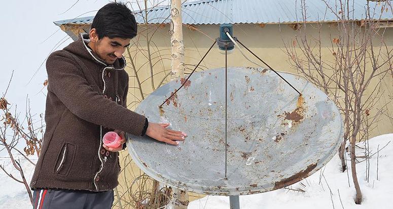 Çanak antenlere 'vazelinli' koruma