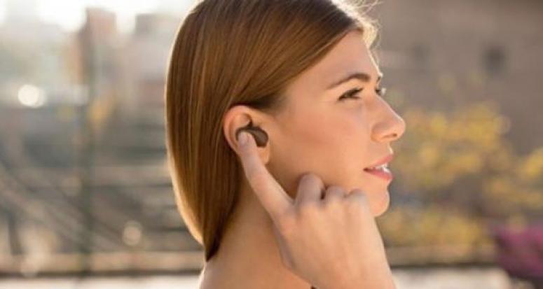 Sony Xperia Ear dünyayı kulağın içine sığdırdı!