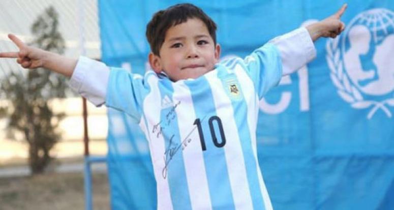 Messi'den küçük Afgan hayranına büyük jest