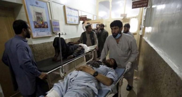 Kabil'de bakanlıklara şok saldırı
