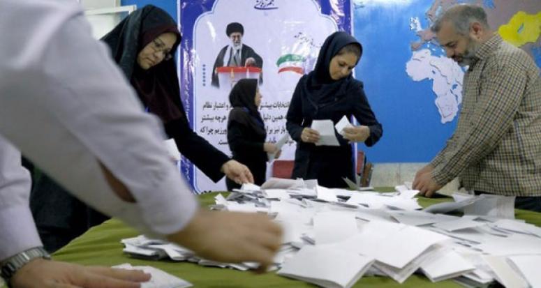 İran'da Ruhani'ye şok! İlk sonuçlar geldi