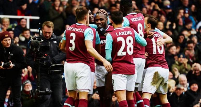 Emenikeli West Ham durdurulamıyor!