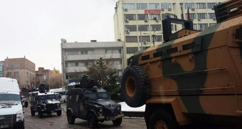 Terörist sızmayı önlemek için Siirt ablukaya alındı