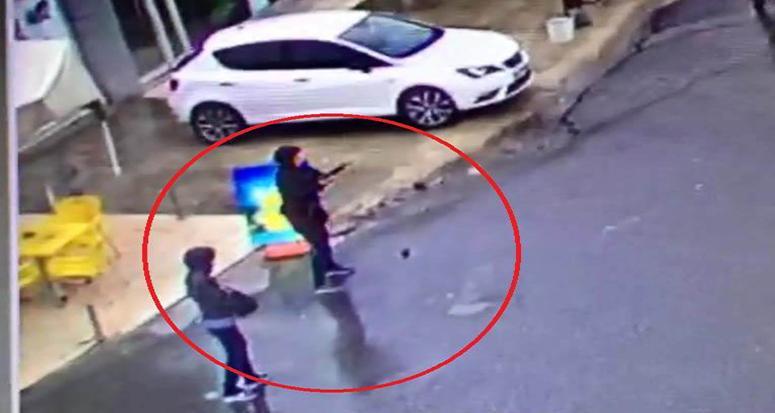 Çatışma anı! 2 terörist öldürüldü