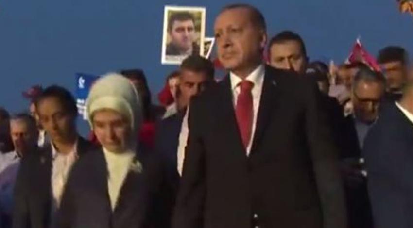 Cumhurbaşkanı  Erdoğan Şehitler Köprüsü'nde!