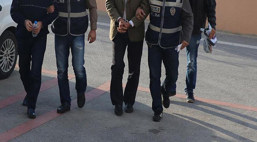 Eski emniyet müdürü FETÖ'den tutuklandı