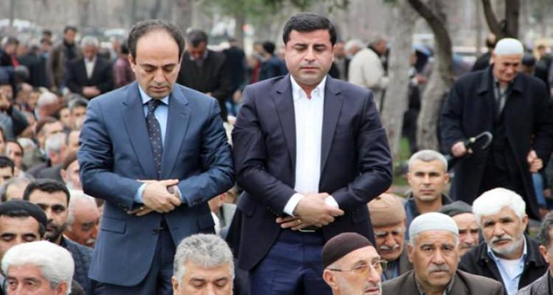 HDP'den cuma namazı şovu!