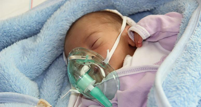15 günlük bebeğini ölüme terk etti!
