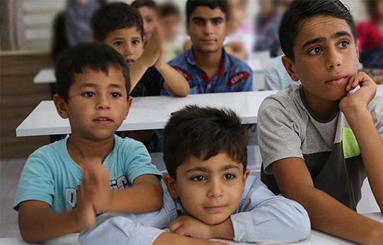 Halepli yetimler geleceğe Türkiye'de hazırlanıyor