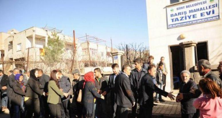 HDP'li belediyeler ölen teröristlerin taziyelerine çalışıyor!