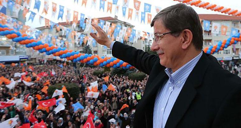 Başbakan Davutoğlu Van'da konuşma yaptı