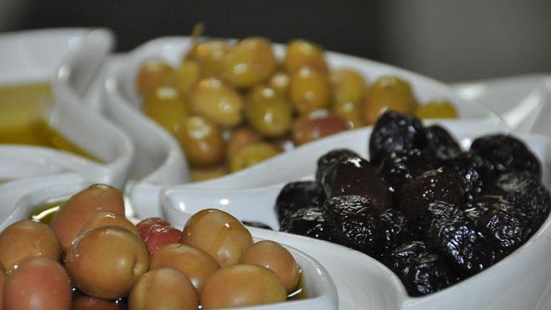 Zeytinin fiyatı yüzde 120, yağının ise yüzde 250 arttı