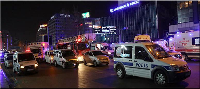 Atatürk Bulvarı'nın Kızılay civarı trafiğe kapatıldı