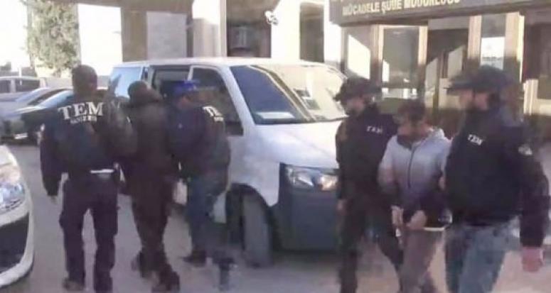 Manisa'da 13 terörist tutuklandı