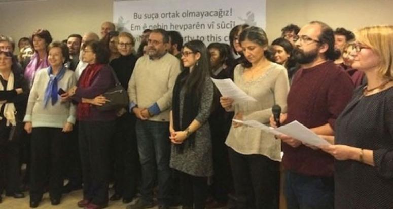 Bildiriye imza atan terör sever 3 akademisyen tutuklandı