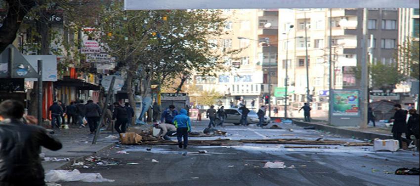 Diyarbakır PKK'ya restini çekti!