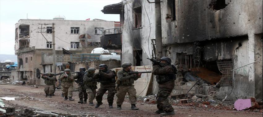 Diyarbakır'da PKK'ya darbe 'kanas'lar ele geçirildi!