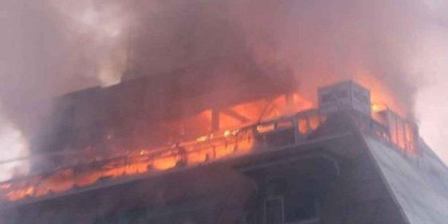 Filipinler'de otel yangını: 4 ölü
