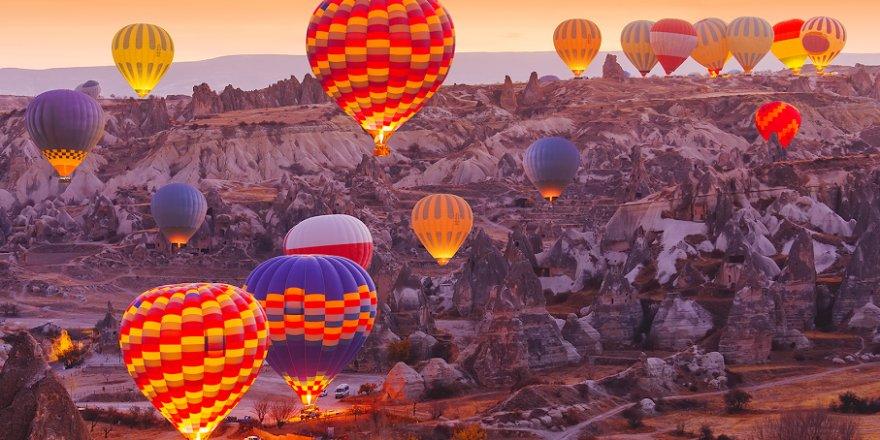 Financial Times yazdı: 'Turistler Türkiye'ye dönüyor'