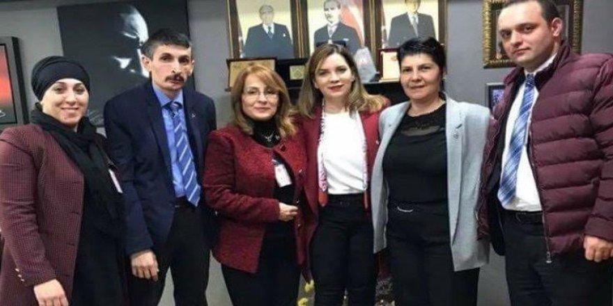 MHP Kadın Kolları yönetimine iki erkek girdi