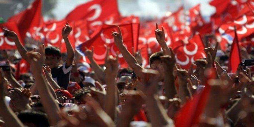 MHP'de istifa şoku! 23 kişi istifa etti