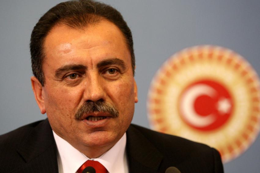 Merhum Yazıcıoğlu ölüm yıl dönümünde anılacak