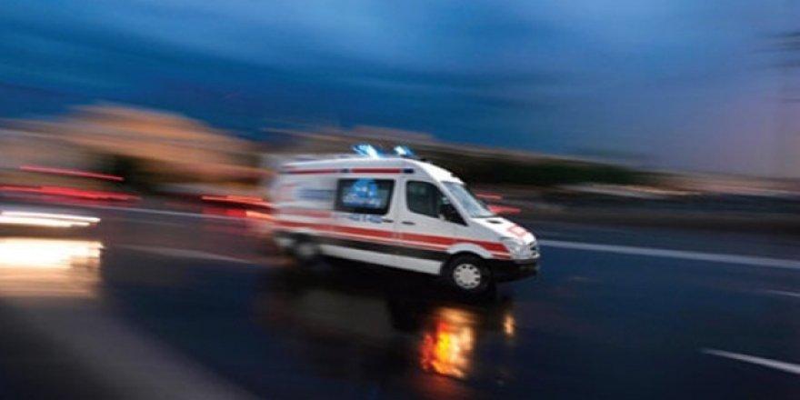 Öğrenci servisi kaza yaptı: 12 yaralı