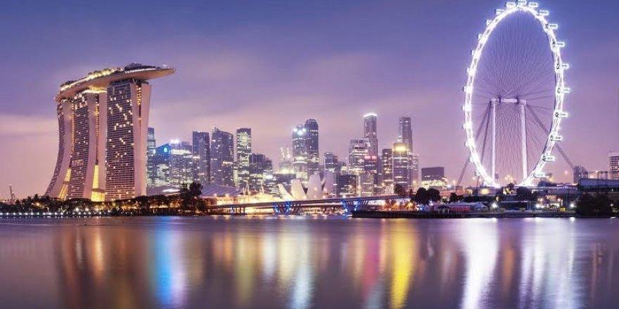 Bütçesi fazla veren Singapur vatandaşlarına para dağıtacak