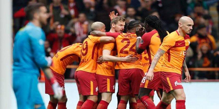 Galatasaray, Bursaspor'u ezip geçti! 5-0
