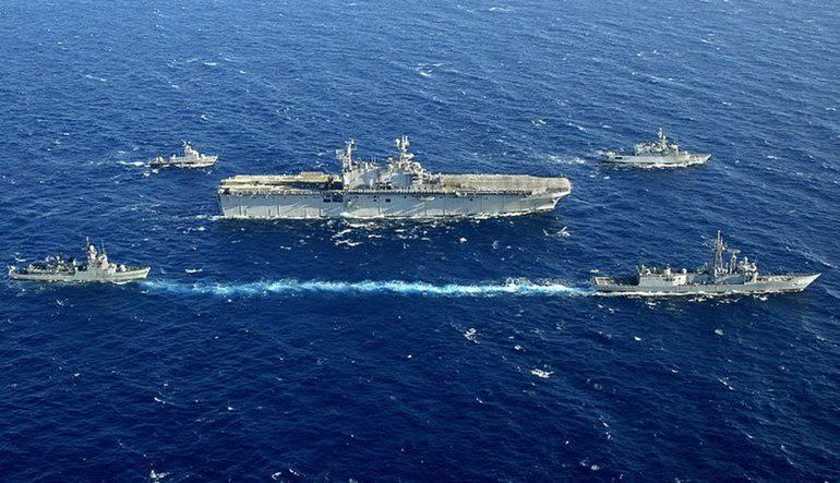 Rockefeller'ın gemilerine ABD donanması da katıldı