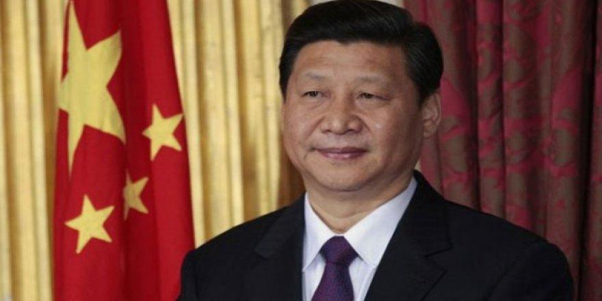 """Çin liderine """"ömür boyu başkanlık"""" yolu açıldı"""