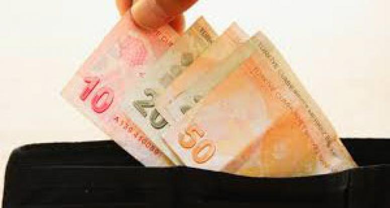 Emeklinin maaşı 3 zamla 390 lira artacak
