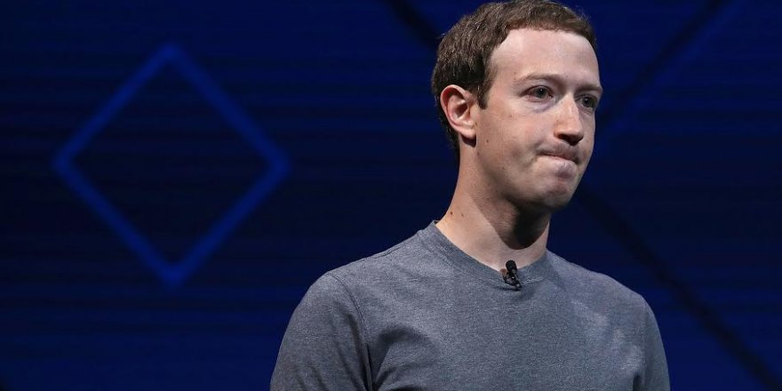 Facebook'un kurucusuMark Zuckerberg hatasını kabul etti