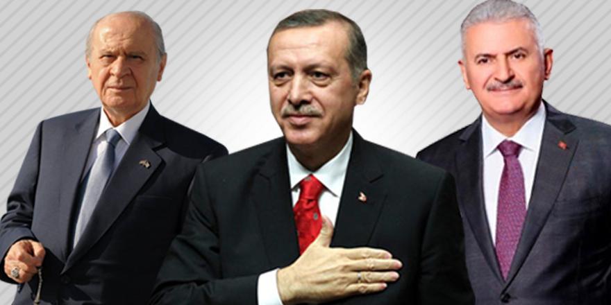 Liderler Regaib kandilini kutladı