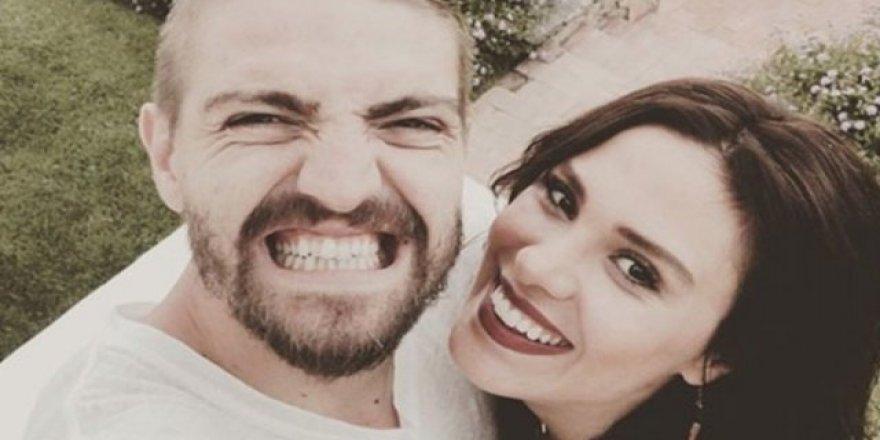 Caner Erkin ile oyuncu eşi bebekleri için isim koçu tuttu