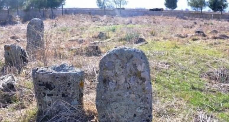Tarihi mezarlar Kayılar dönemine ait olabilir