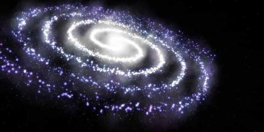 Samanyolu Galaksisi merkezinde on bin kara delik olabilir